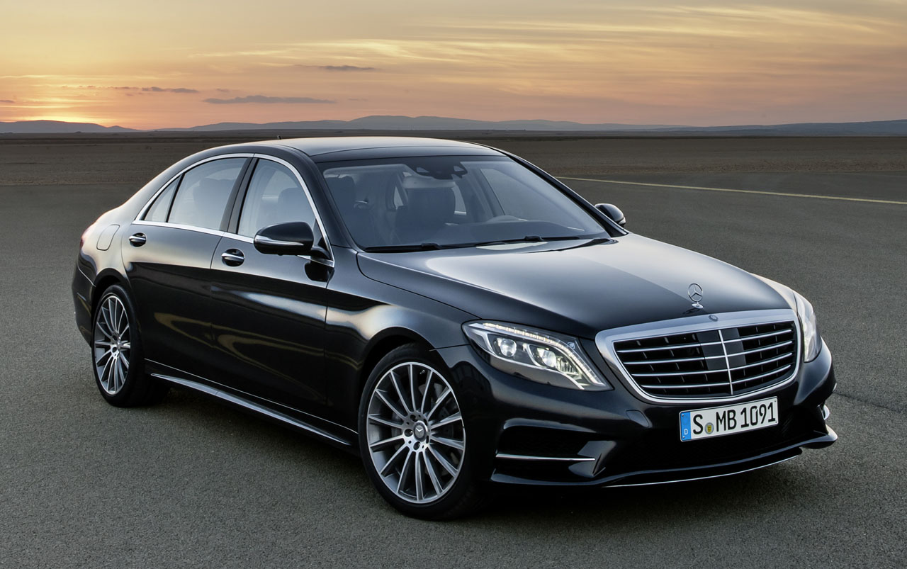 Mercedes benz s class intelligent drive with steering for Mercedes benz surrey uk