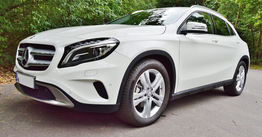 Mercedes benz deliver over one million cars worldwide in for Mercedes benz surrey uk